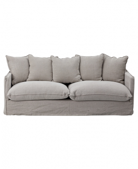 DARA COUCH